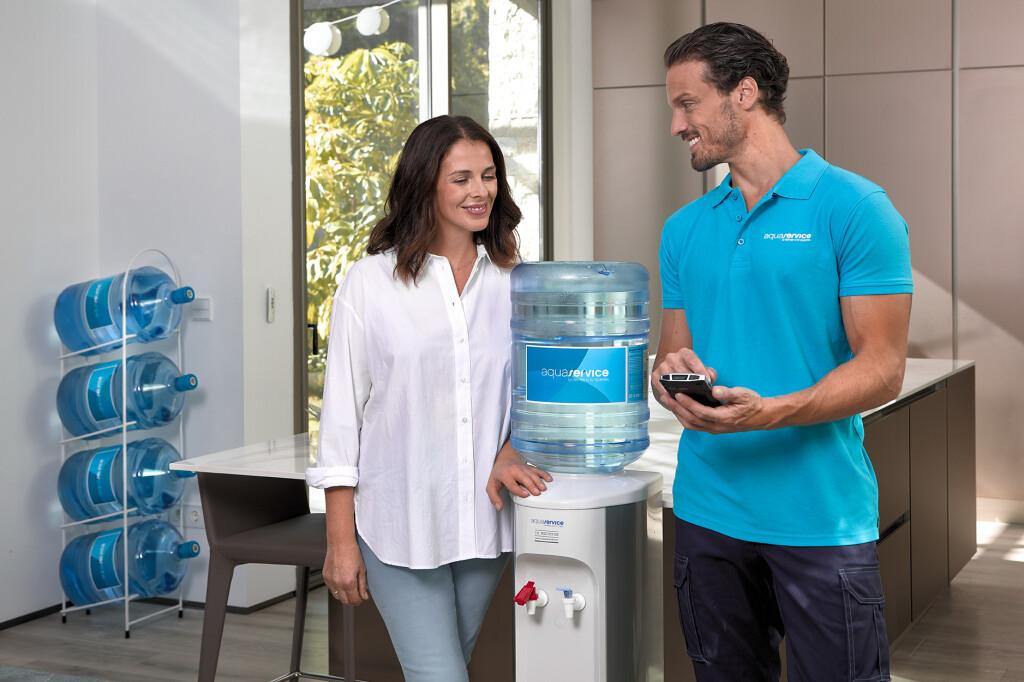 dispensador agua domestico